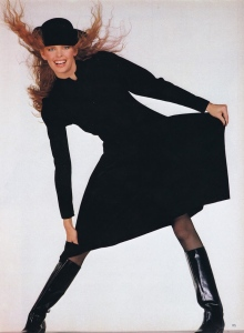 pg194-VOGUE-UK-11-1982-VogueSpirit-scansX